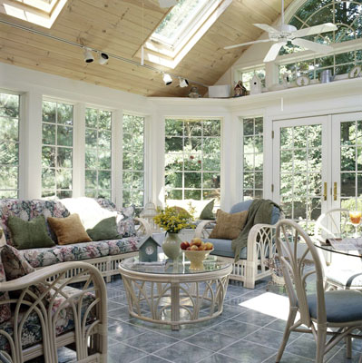 A large sun room with skylights